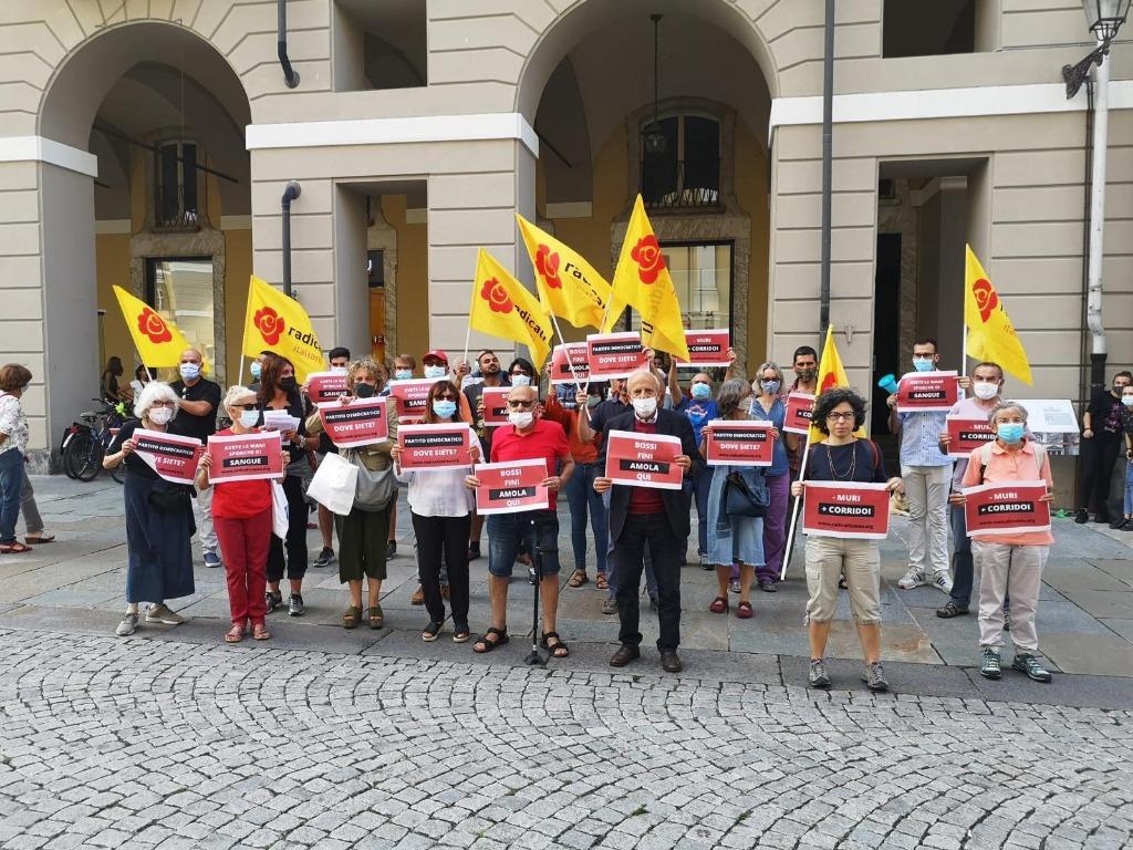 Sit-in a Cuneo per Naval'nyk e Zaki
